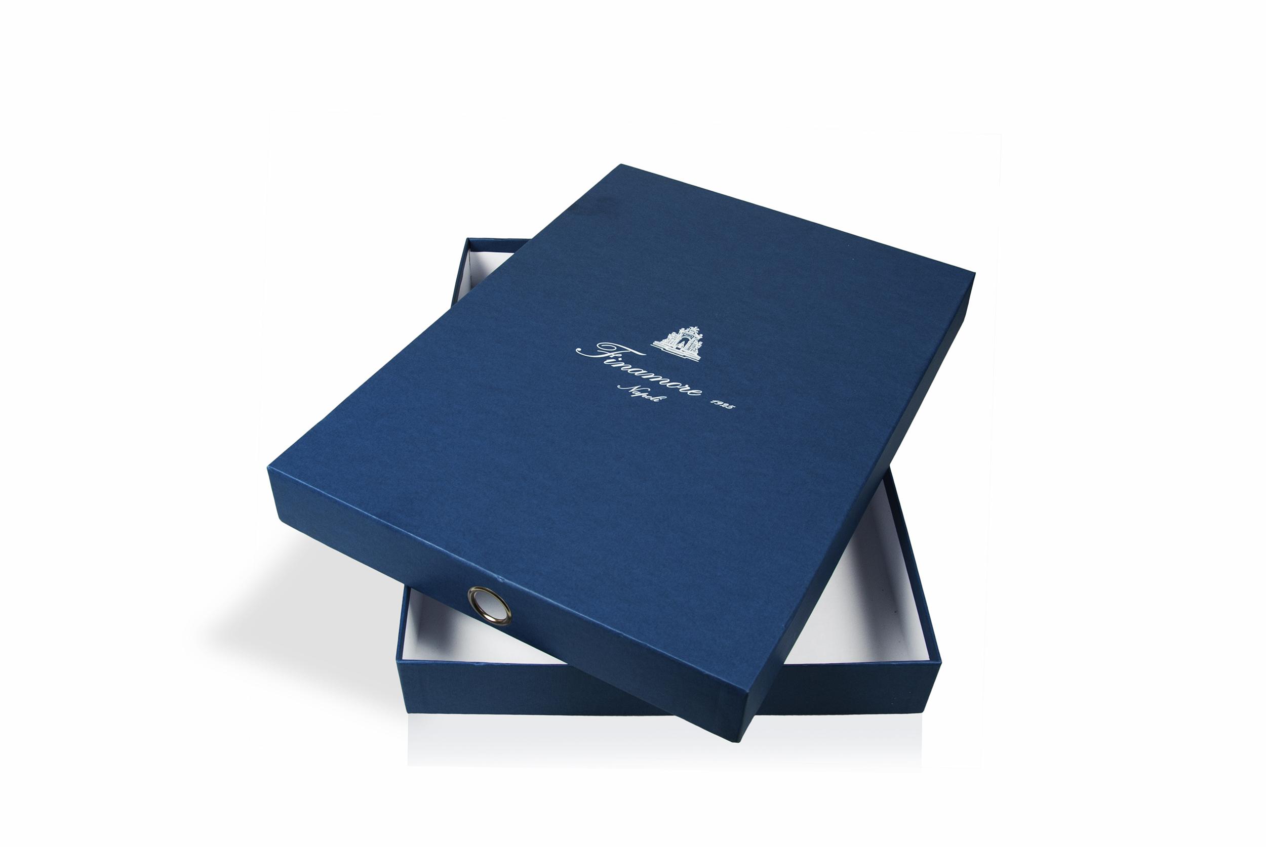 finamore scatola